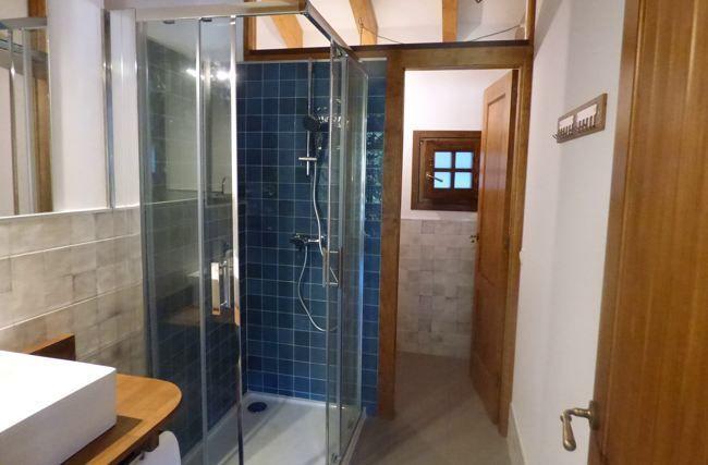 baño-apartamento-los-riegos